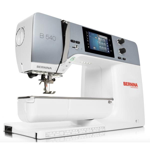Machine à coudre BERNINA 540