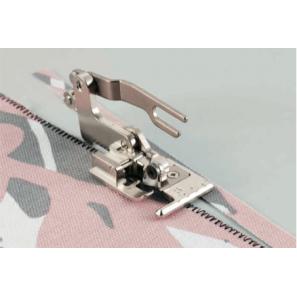 Pied pour machine à coudre F054