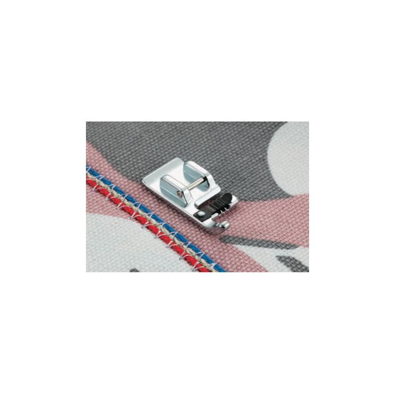 Pied pour cordonnet f024n for Machine a coudre xn1700